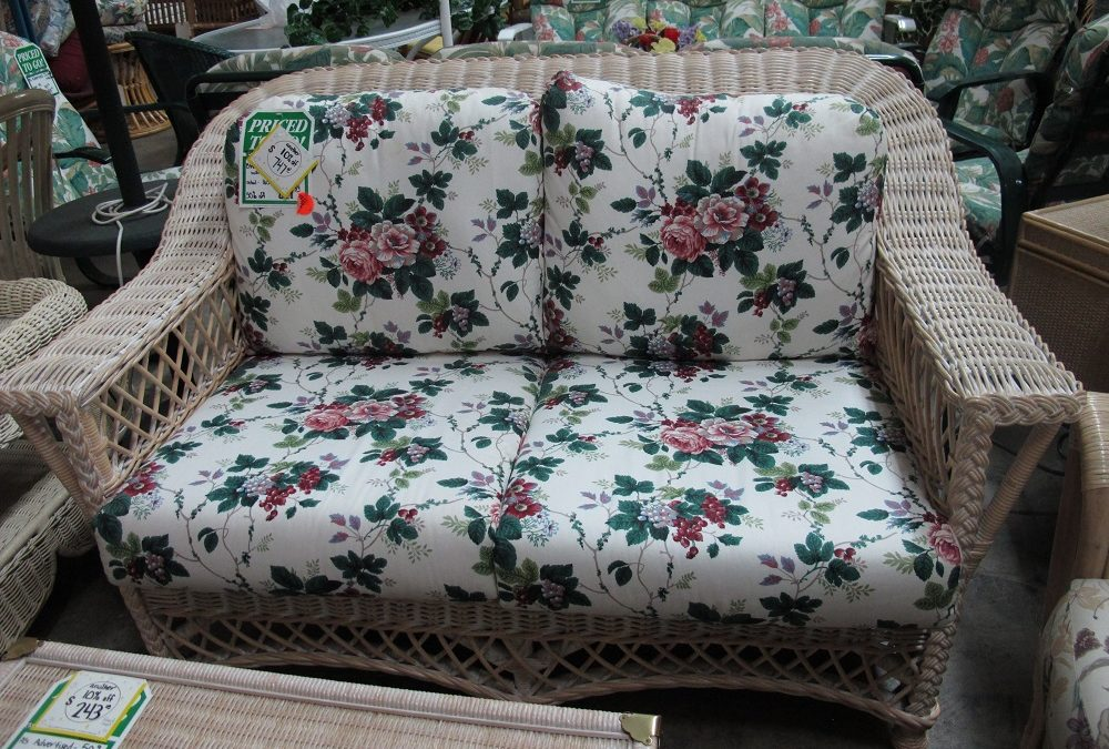 Bar Harbor Chair and Loveseat