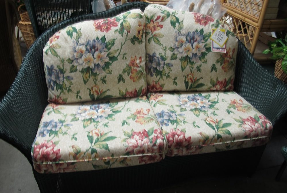 Paradiso Wicker Loveseat